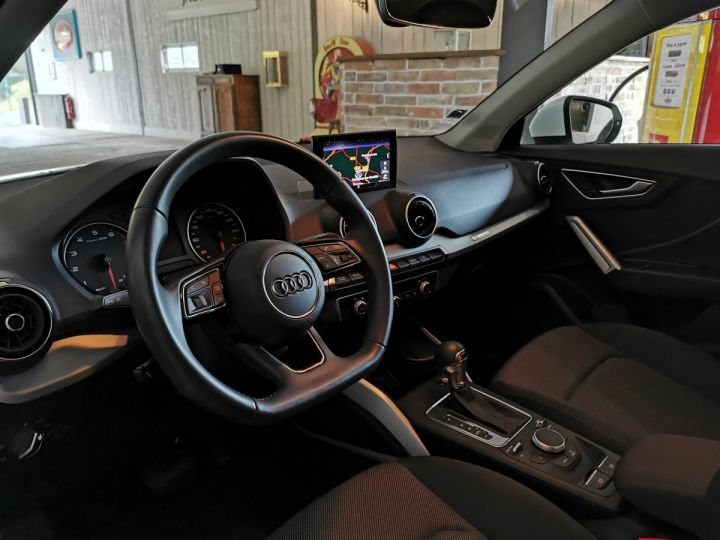 Audi Q2 1.0 TFSI 116 CV SPORT S-TRONIC Blanc - 5