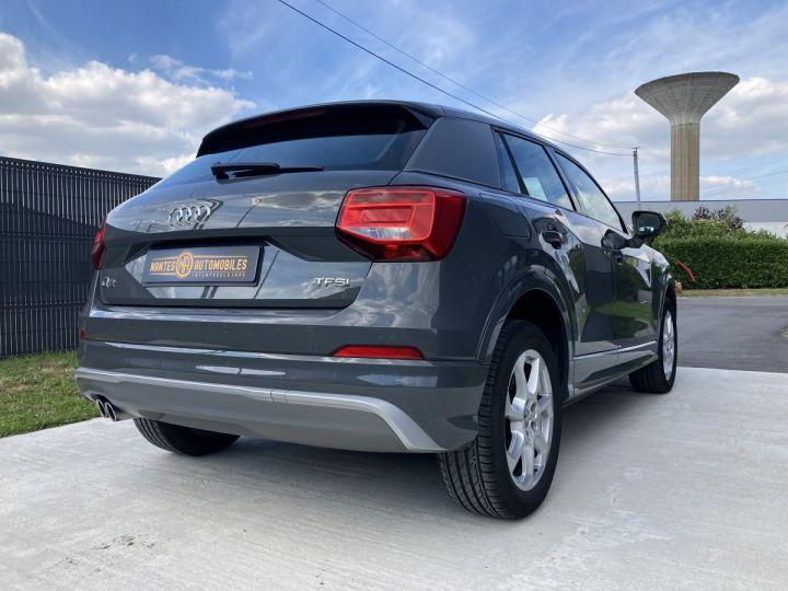 Audi Q2 1.4 TFSI 150 COD DESIGN gris nano - 16
