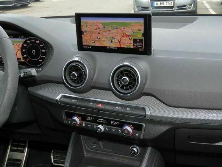Audi Q2 2.0 TDI 150 QUATTRO S LINE EDITION  QUANTUM GRAU  Occasion - 6