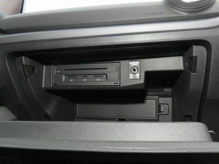 Audi Q2 2.0 TDI 150 QUATTRO S LINE EDITION  QUANTUM GRAU  Occasion - 7