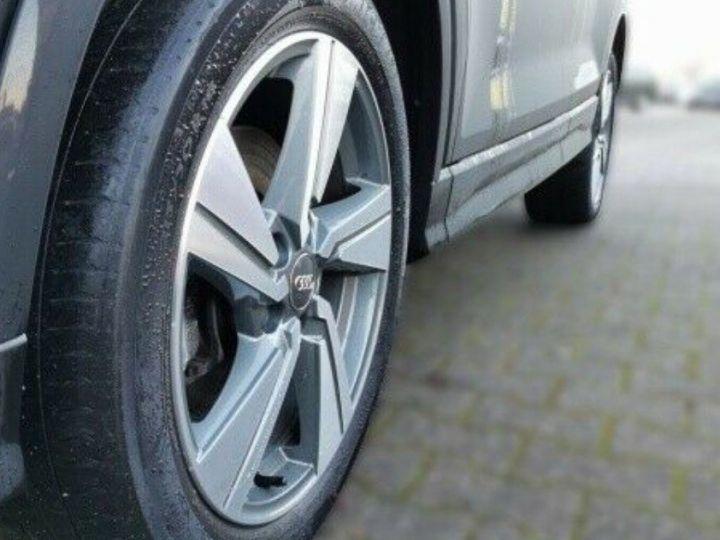 Audi Q2 2.0 TDI 190 S LINE QUATTRO S TRONIC 12/2016 noir métal - 10