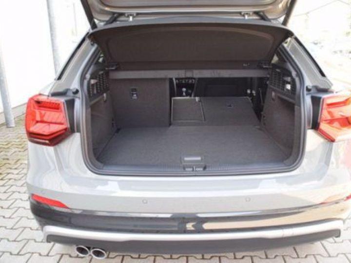 Audi Q2 2.0 TDI 190CH S LINE QUATTRO S TRONIC 7 GRIS NARDO - 5