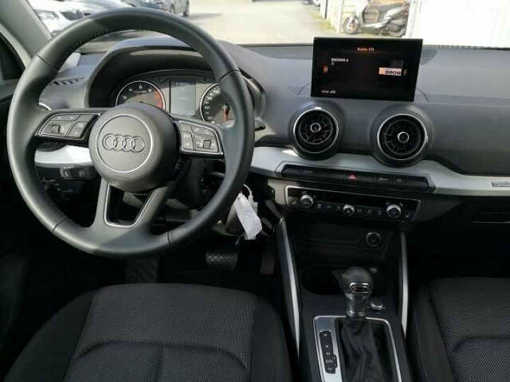 Audi Q2 30 TFSI SPORT S TRONIC   NOIR  Occasion - 4