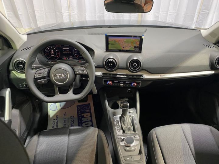 Audi Q2 35 1.5 TFSI 150 S TRONIC 7 BUSINESS LINE GRIS FONCE - 7
