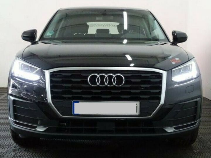 Audi Q2 35 TDI  150 S tronic Desing (03/2019) noir métal - 2