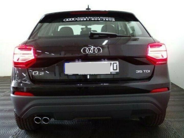 Audi Q2 35 TDI  150 S tronic Desing (03/2019) noir métal - 5
