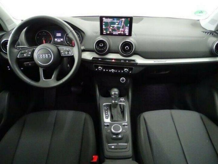 Audi Q2 35 TDI  150 S tronic Desing (03/2019) noir métal - 7