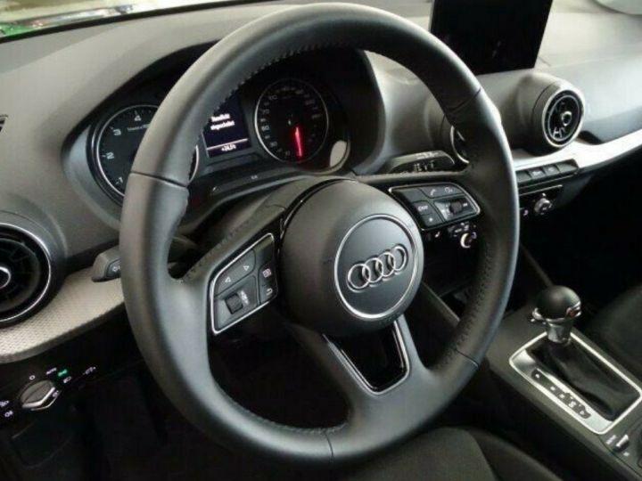 Audi Q2 35 TDI  150 S tronic Desing (03/2019) noir métal - 12