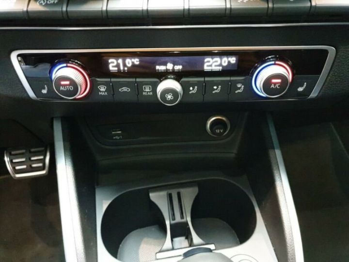 Audi Q2 Audi SQ2 QUATTRO/GPS/CARPLAY/CAMERA DE RECUL/GARANTIE CONSTRUCTEUR 2024 noire - 6