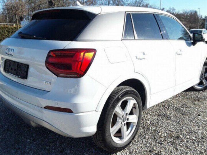 Audi Q2 sport 1.6 TDI 116 boite manuelle( blanc métal - 4
