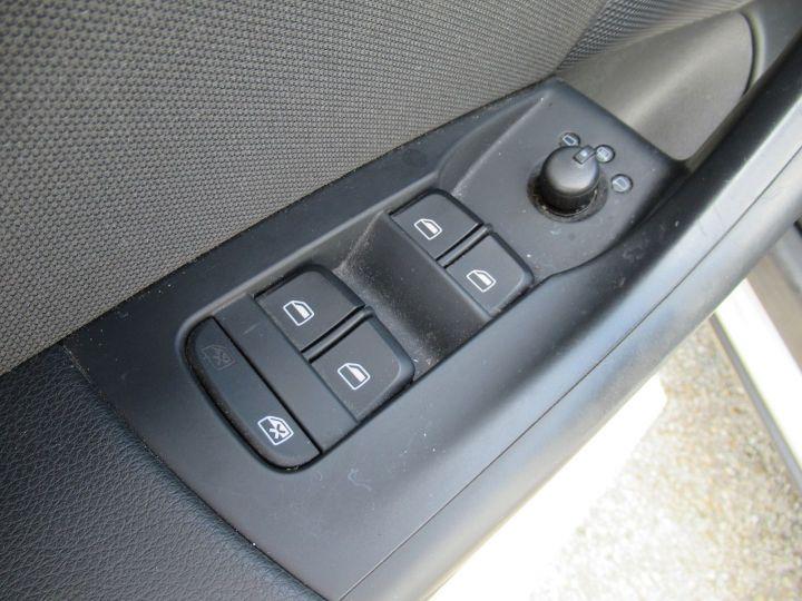 Audi Q3 1.4 TFSI 150CH AMBIENTE Gris Clair - 12