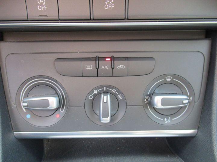 Audi Q3 1.4 TFSI 150CH AMBIENTE Gris Clair - 16