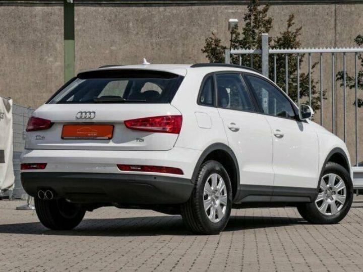 Audi Q3 2.0 TDI Blanc - 2