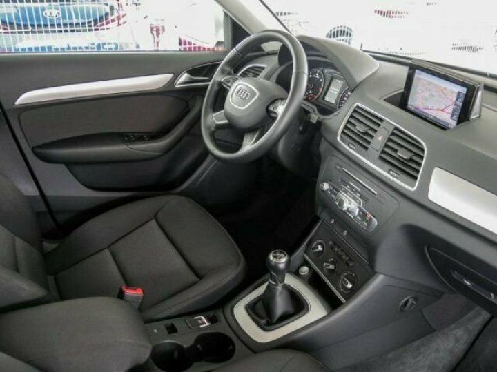 Audi Q3 2.0 TDI Blanc - 3