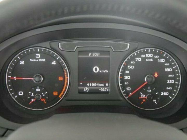 Audi Q3 2.0 TDI Blanc - 11