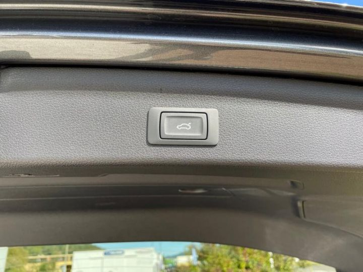 Audi Q3 35 TDI 150 CH S-TRONIC S-LINE  - 10