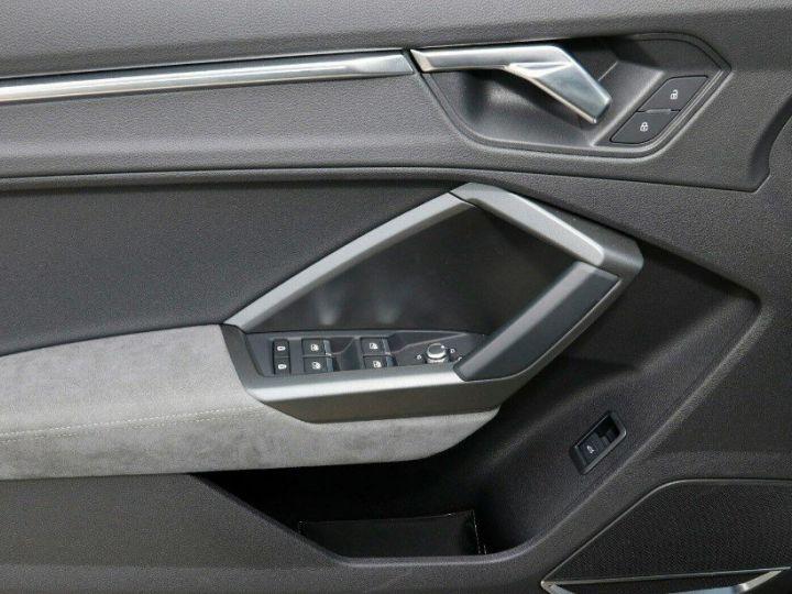 Audi Q3 35 TDI 150 S tronic S line (03/2019)* Toit panoramique* noir métal - 14