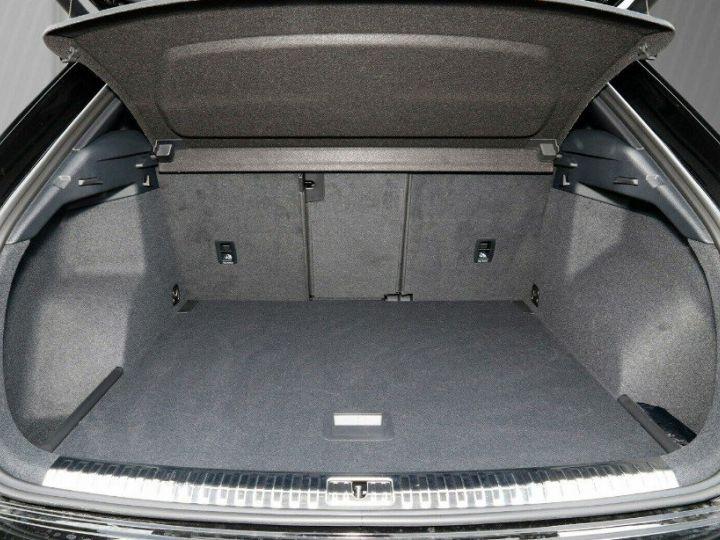 Audi Q3 35 TDI 150 S tronic S line (03/2019)* Toit panoramique* noir métal - 15