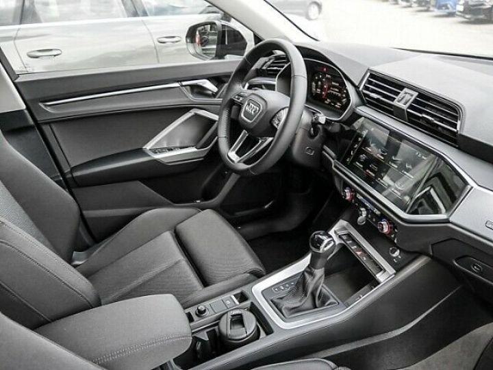 Audi Q3 35 TDI S Tronic Line  noir - 5
