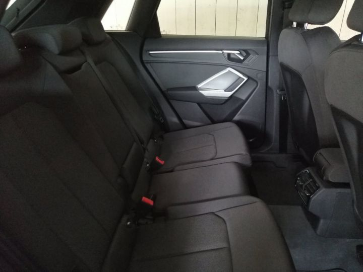 Audi Q3 35 TFSI 150 CV SLINE BVA Blanc - 9