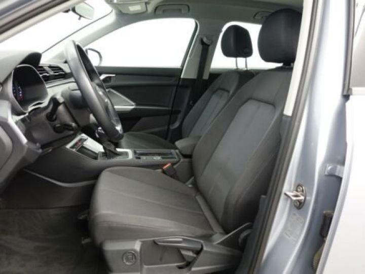 Audi Q3 35 TFSI S Tronic Advanced / Phare LED / Cockpit Virtuel /Régulateur adaptatif / GPS / Garantie 12 mois  Gris métallisée  - 8