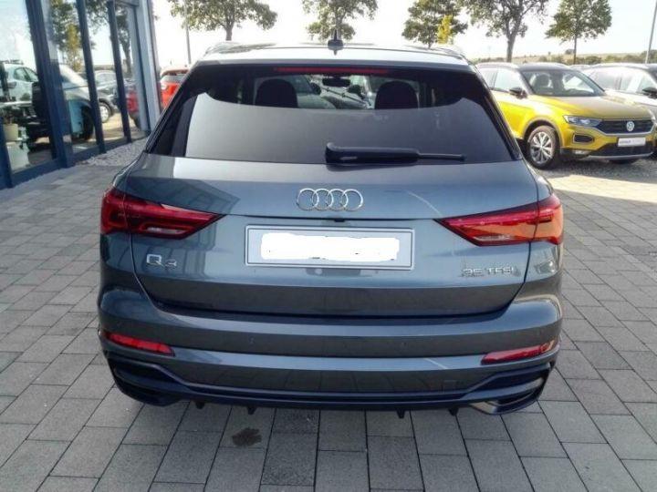 Audi Q3 # 35 TFSI S-Tronic S-Line # Hybride  Gris Peinture métallisée - 4