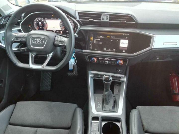 Audi Q3 # 35 TFSI S-Tronic S-Line # Hybride  Gris Peinture métallisée - 7