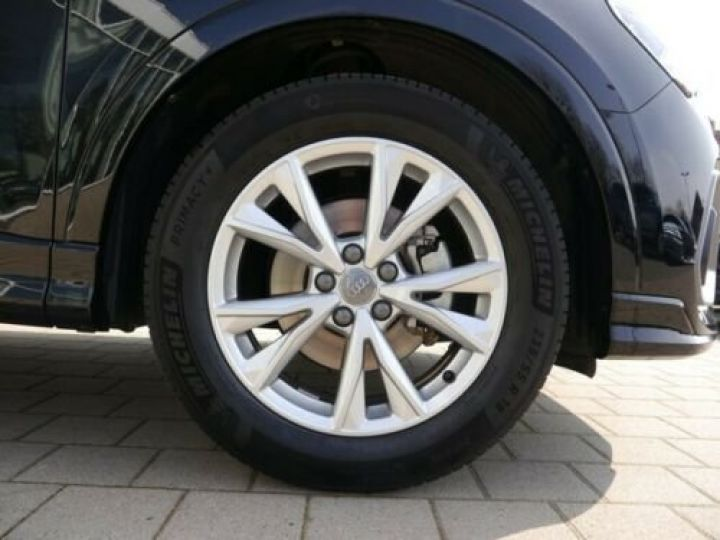 Audi Q3 35 TFSI S-Tronic S line /Toit PANO/ Phare LED/GPS/Garantie 12 mois/Régulateur adaptatif Noir mythos  - 3