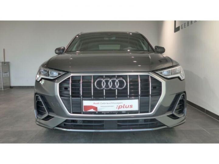 Audi Q3 Audi Q3 35 TFSI S line LED/ Virtual/ Navi/ Gris Peinture métallisée - 1