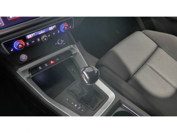 Audi Q3 Audi Q3 35 TFSI S line LED/ Virtual/ Navi/ Gris Peinture métallisée - 10