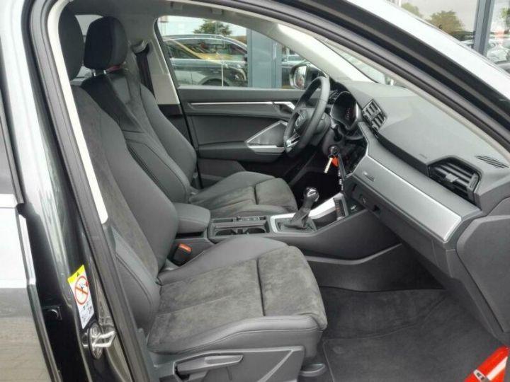 Audi Q3 # Hybride (essence/électricité) # Inclus Carte Grise,Malus écolo et livraison à domicile # Gris Peinture métallisée - 6