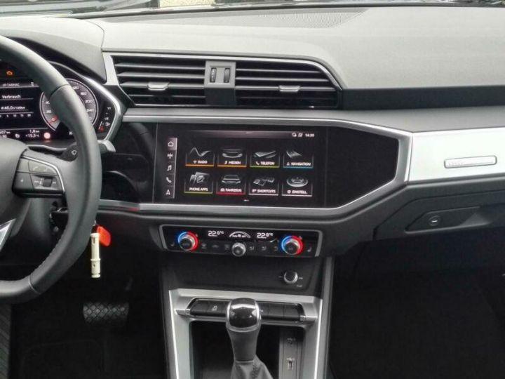 Audi Q3 # Hybride (essence/électricité) # Inclus Carte Grise,Malus écolo et livraison à domicile # Gris Peinture métallisée - 10