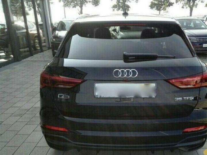 Audi Q3 s-line NOIR - 2