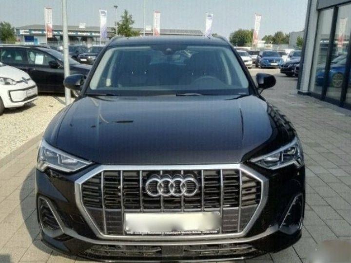 Audi Q3 s-line NOIR - 3
