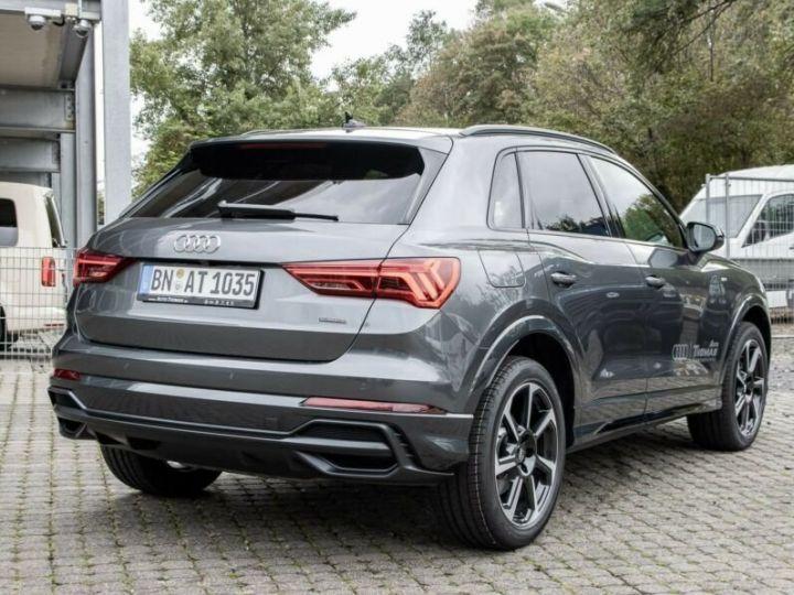 Audi Q3 S LINE  gris métallisé  - 2