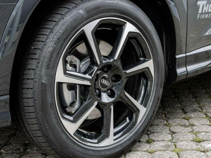 Audi Q3 S LINE  gris métallisé  - 6