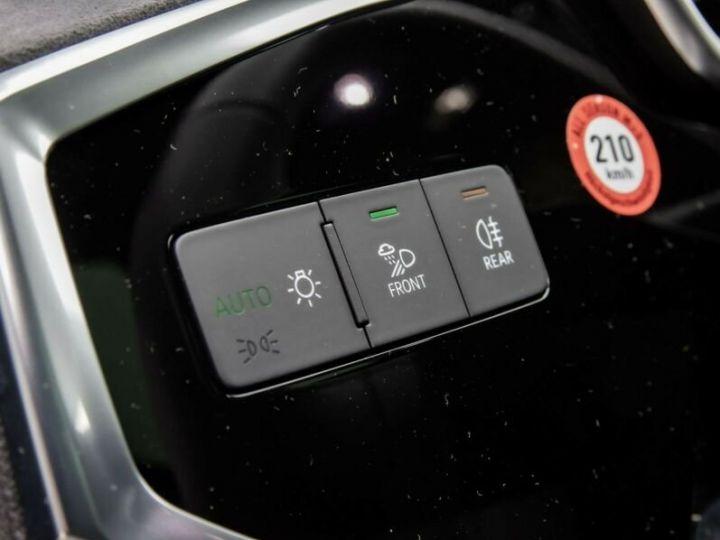 Audi Q3 S LINE  gris métallisé  - 10
