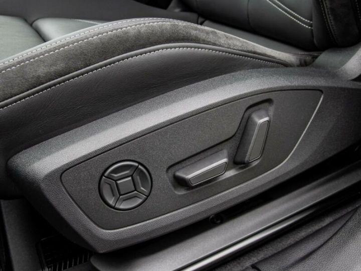 Audi Q3 S LINE  gris métallisé  - 11