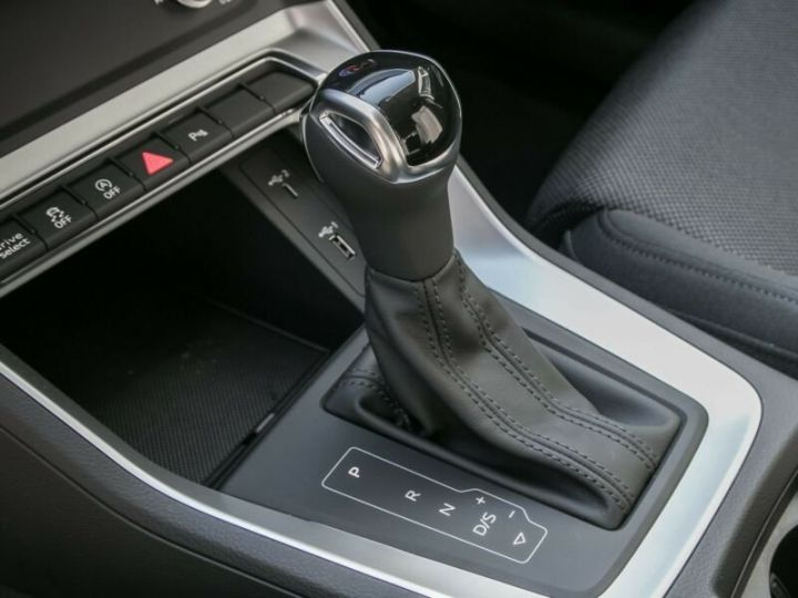 Audi Q3 Sportback Blanc - 6
