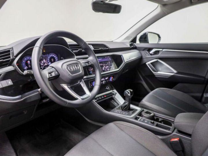 Audi Q3 Sportback noire - 4