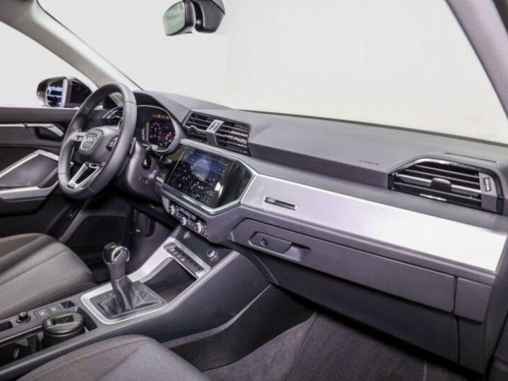 Audi Q3 Sportback noire - 5