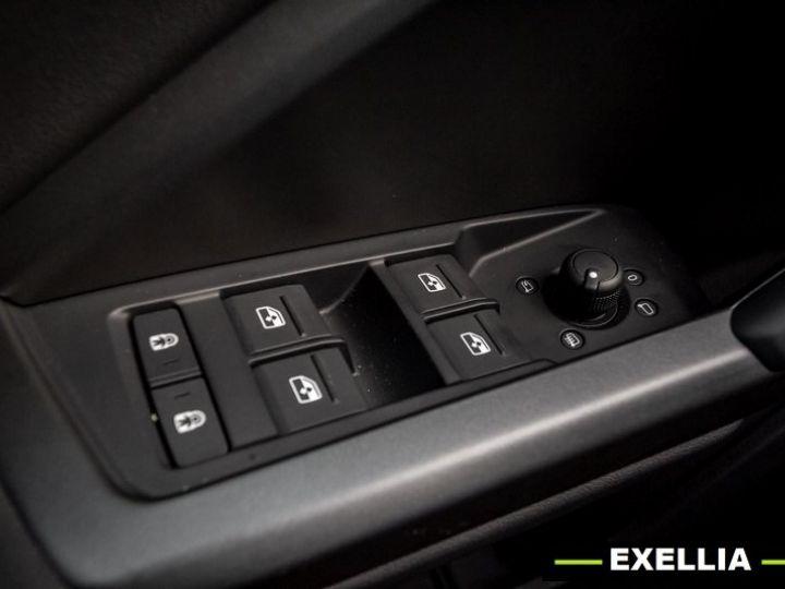 Audi Q3 Sportback 35 TFSI S Line NOIR PEINTURE METALISE  Occasion - 6
