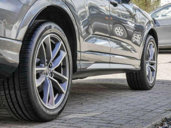 Audi Q3 Sportback AUDI Q3 SportBack 35 TDI S-line 150ch Gris Foncé - 5