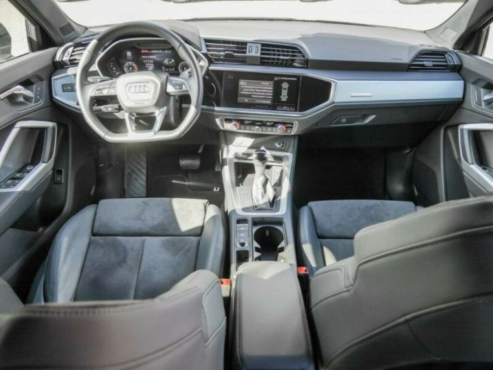 Audi Q3 Sportback AUDI Q3 SportBack 35 TDI S-line 150ch Gris Foncé - 8