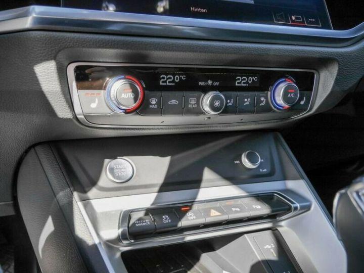 Audi Q3 Sportback AUDI Q3 SportBack 35 TDI S-line 150ch Gris Foncé - 11
