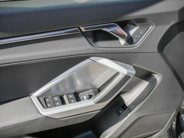 Audi Q3 Sportback AUDI Q3 SportBack 35 TDI S-line 150ch Gris Foncé - 19
