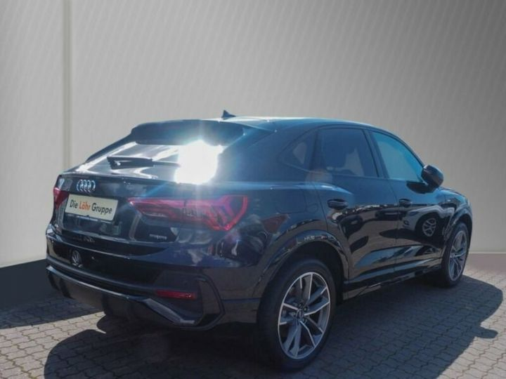 Audi Q3 Sportback Audi Q3 Sportback 45 TFSI quattro S tronic S Line gris - 2