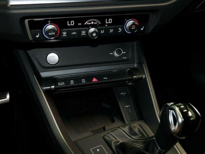 Audi Q3 Sportback SLINE 45 TFSi gris - 5