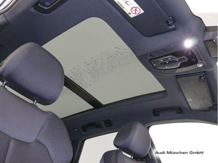 Audi Q5 bleu - 4