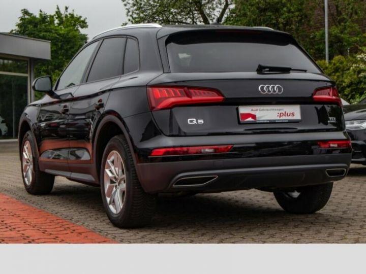 Audi Q5 Noir - 4